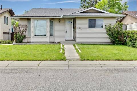 House for sale at 404 Whiteland Dr Northeast Calgary Alberta - MLS: C4254898