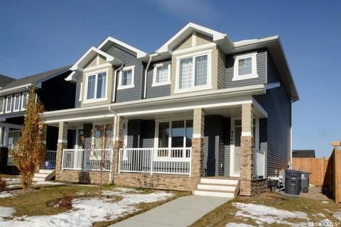 Townhouse for sale at 4040 Centennial Dr Saskatoon Saskatchewan - MLS: SK798902