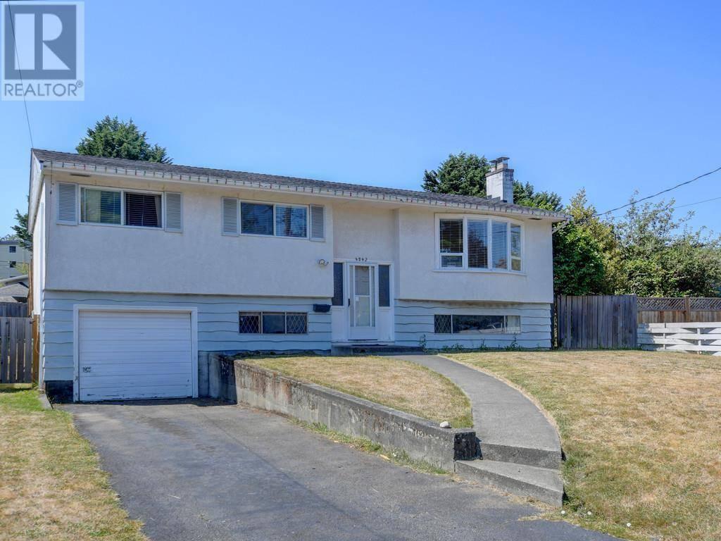 House for sale at 4042 Hodgson Pl Victoria British Columbia - MLS: 414501