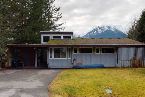 House for sale at 40465 Friedel Cres Squamish British Columbia - MLS: R2529321
