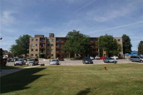 Home for sale at 140 Park Ave Unit 405 Chatham Ontario - MLS: 40032114