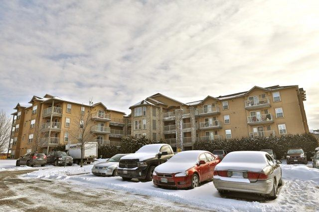 For Sale: 405 - 1460 Bishops Gate, Oakville, ON | 1 Bed, 1 Bath Condo for $389,000. See 20 photos!