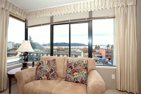 Condo for sale at 1480 Duchess Ave Unit 405 West Vancouver British Columbia - MLS: R2517968
