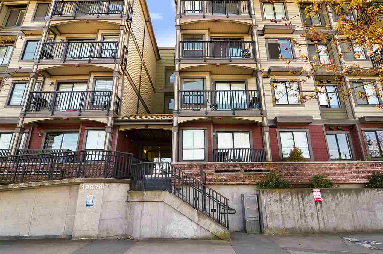 Sold: 405 - 19830 56 Avenue, Langley, BC