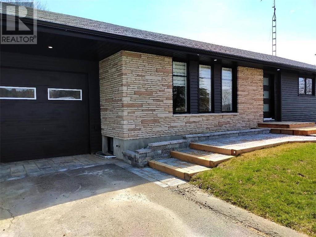 House for sale at 405 2 Hy Cardinal Ontario - MLS: 1188688
