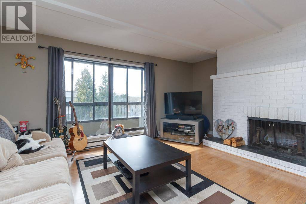 Condo for sale at 2626 Blackwood St Unit 405 Victoria British Columbia - MLS: 423627