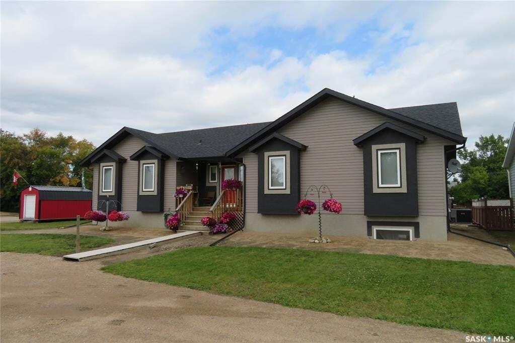 House for sale at 405 2nd Ave E Spiritwood Saskatchewan - MLS: SK808260