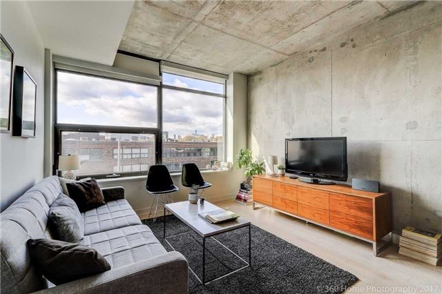 Sold: 405 - 319 Carlaw Avenue, Toronto, ON