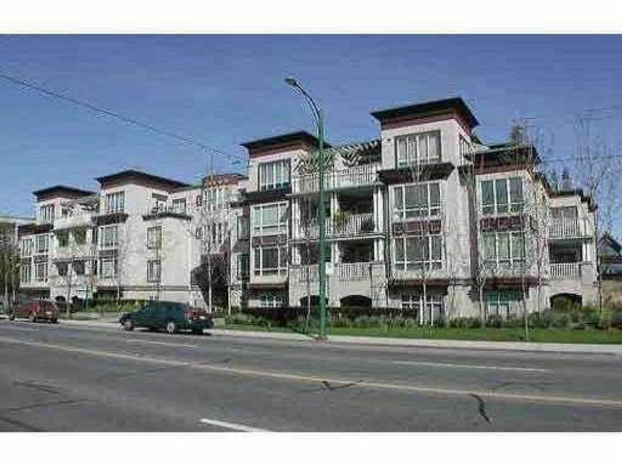 Buliding: 3235 West 4th Avenue, Vancouver, BC