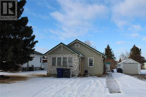 House for sale at 405 4th St W Wilkie Saskatchewan - MLS: SK795798