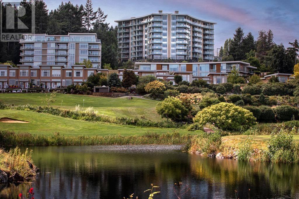 405 - 5388 Hill Rise Terrace, Victoria | Image 2