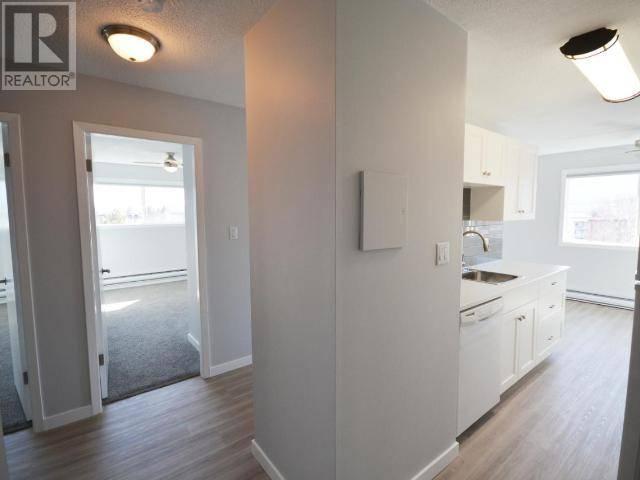 Condo for sale at 803 Fairview Rd Unit 405 Penticton British Columbia - MLS: 183013