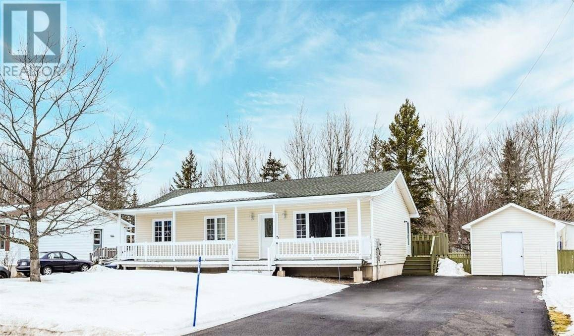 House for sale at 405 Eunice Ave Dieppe New Brunswick - MLS: M127860