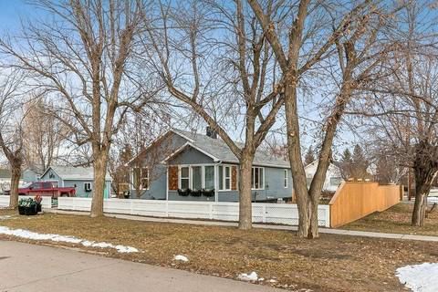 House for sale at 405 Grand Ave Carmangay Alberta - MLS: C4278306