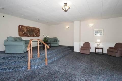 Condo for sale at 1442 Foster St Unit 406 White Rock British Columbia - MLS: R2417221