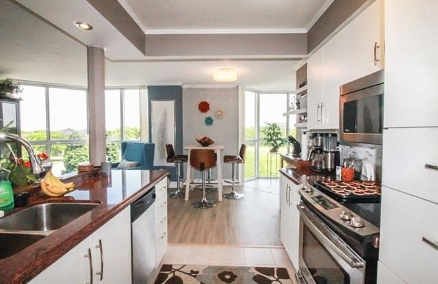 For Sale: 406 - 162 Martindale Road, St Catharines, ON | 1 Bed, 1 Bath Condo for $314,900. See 20 photos!