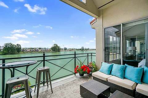Condo for sale at 2 Renaissance Sq Unit 406 New Westminster British Columbia - MLS: R2474749