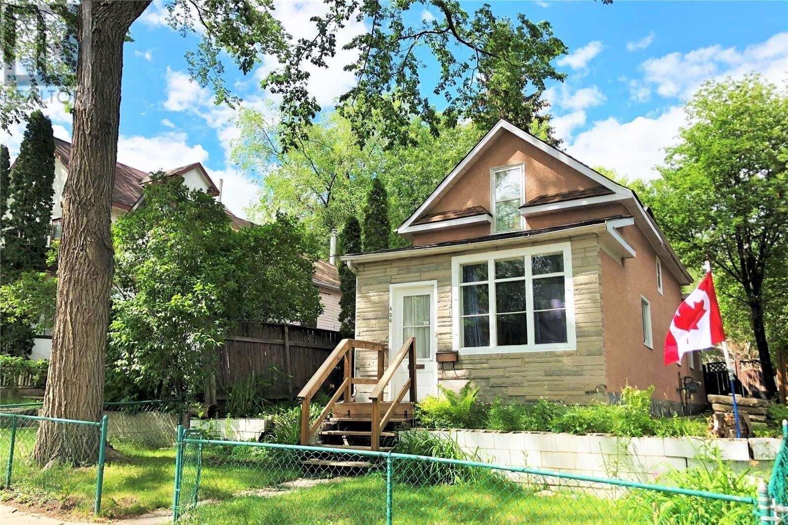 House for sale at 406 26th St W Saskatoon Saskatchewan - MLS: SK815048
