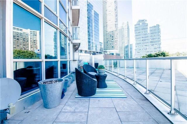 Removed: 406 - 8 York Street, Toronto, ON - Removed on 2018-09-06 05:21:16