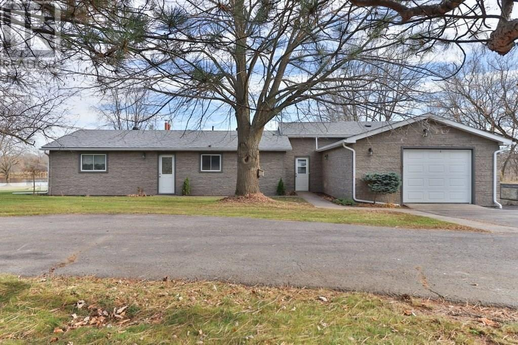 House for sale at 406 Dundas St Napanee Ontario - MLS: K20006504