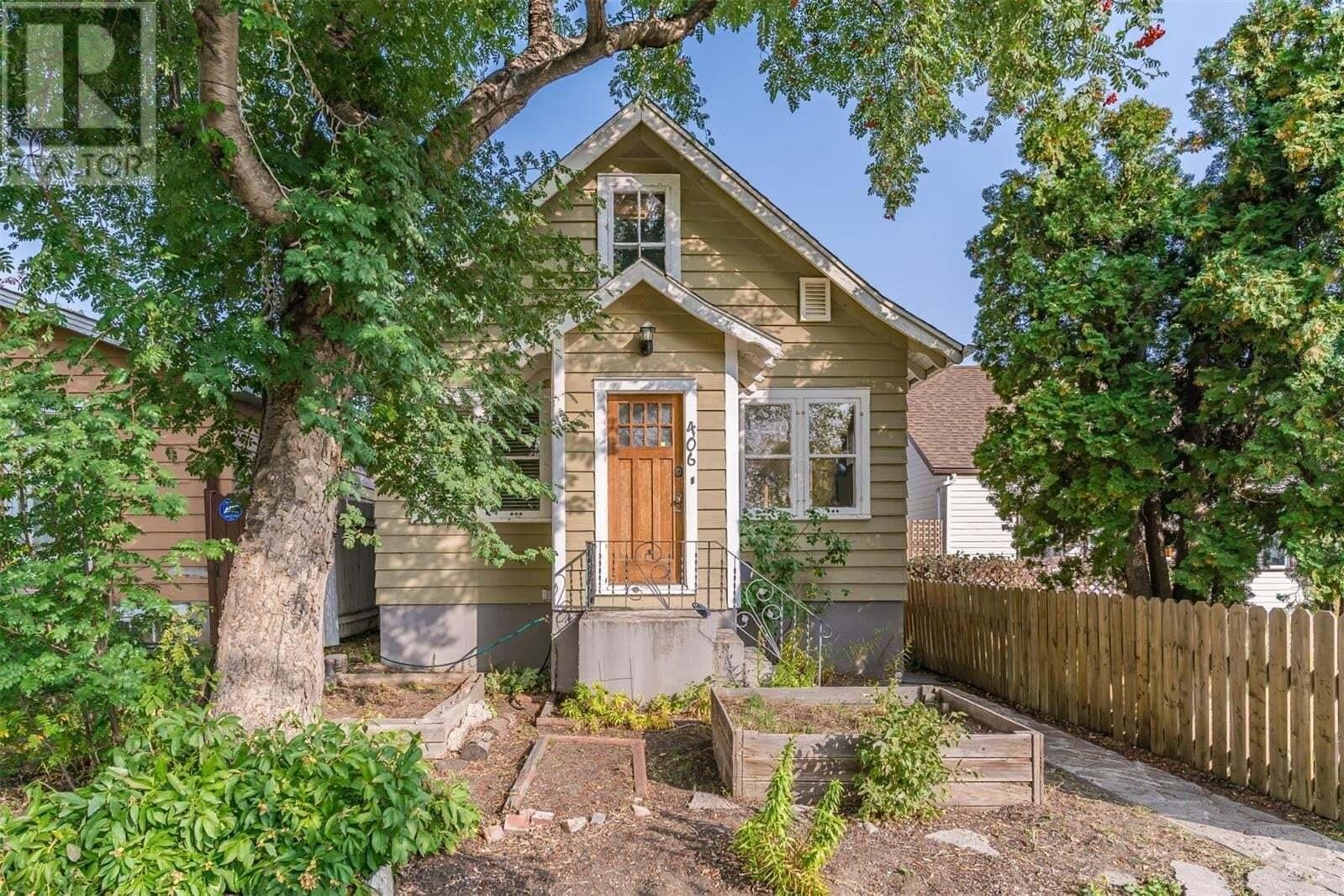House for sale at 406 J Ave N Saskatoon Saskatchewan - MLS: SK827240