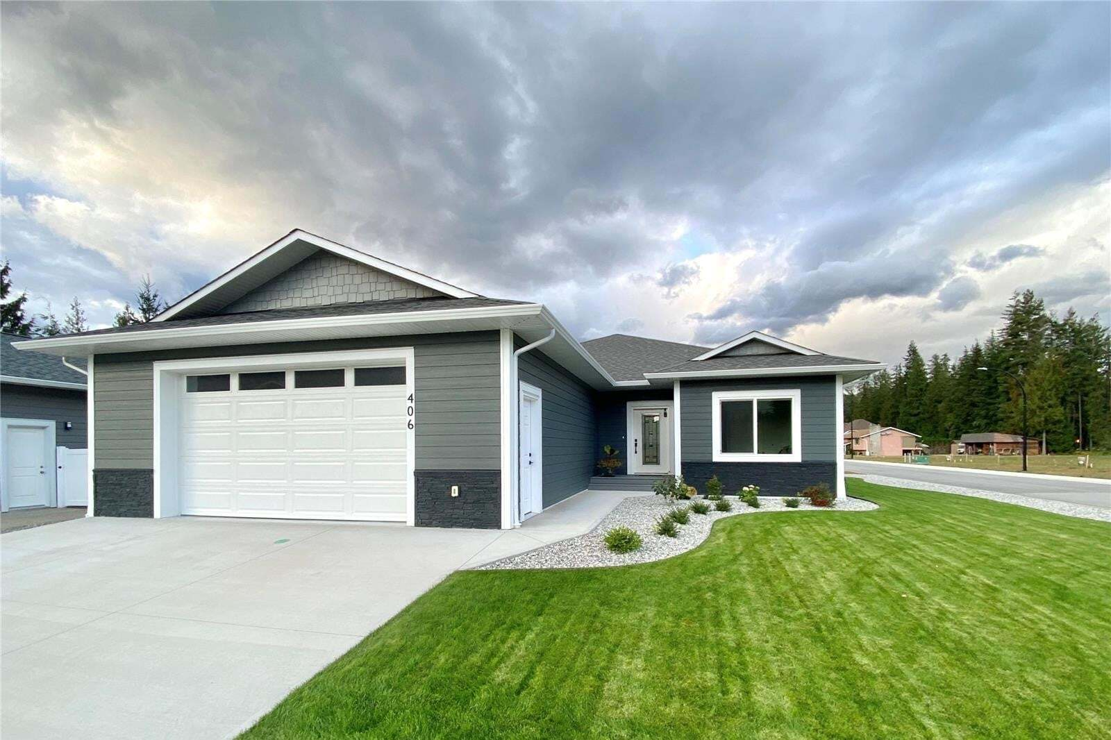 House for sale at 406 Martin St Sicamous British Columbia - MLS: 10202355