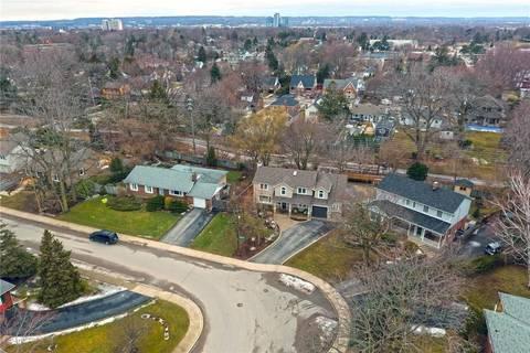 406 Stratheden Drive, Burlington | Image 2