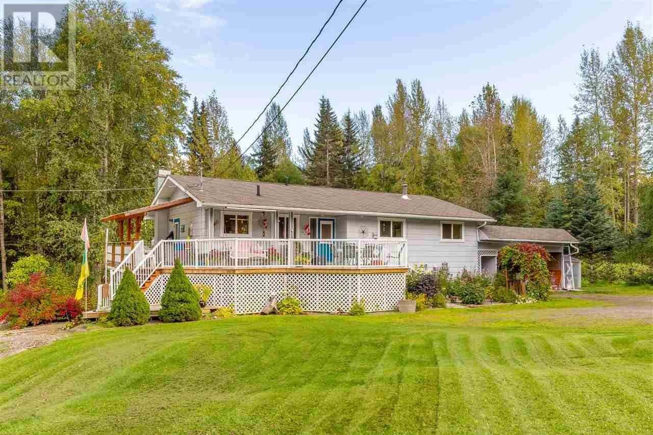House for sale at 4060 Nielsen Rd Smithers British Columbia - MLS: R2500971