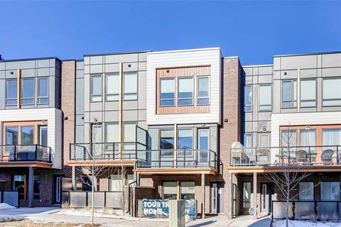 Townhouse for sale at 4064 Norford Ave Northwest Calgary Alberta - MLS: C4283156