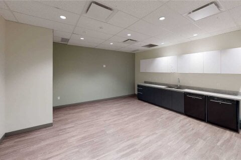 Commercial property for lease at 111 Peter St Apartment 407 Toronto Ontario - MLS: C4848088