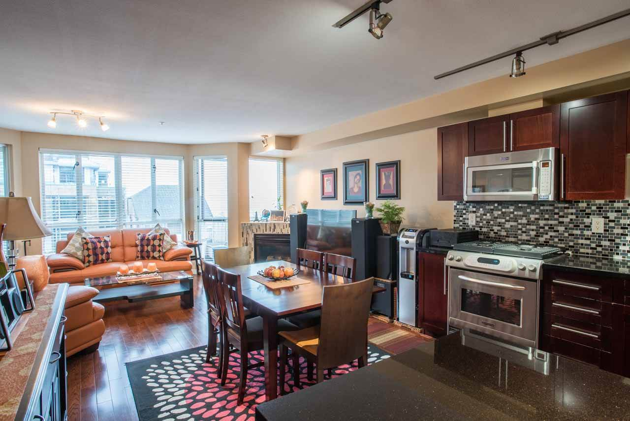 Buliding: 122 East 3rd Street, North Vancouver, BC
