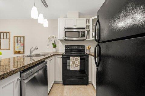Condo for sale at 1310 Victoria St Unit 407 Squamish British Columbia - MLS: R2517850