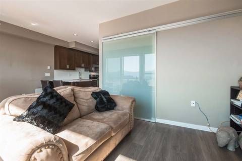 Condo for sale at 2242 Whatcom Rd Unit 407 Abbotsford British Columbia - MLS: R2399795