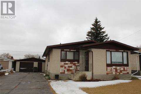 House for sale at 407 4th St E Wilkie Saskatchewan - MLS: SK790699