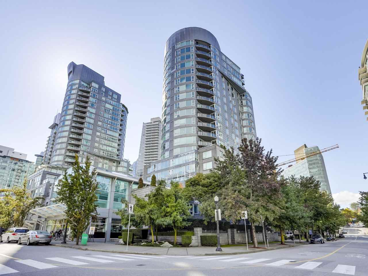 Buliding: 560 Cardero Street, Vancouver, BC