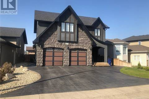 House for sale at 407 Muzyka Rd Saskatoon Saskatchewan - MLS: SK773954