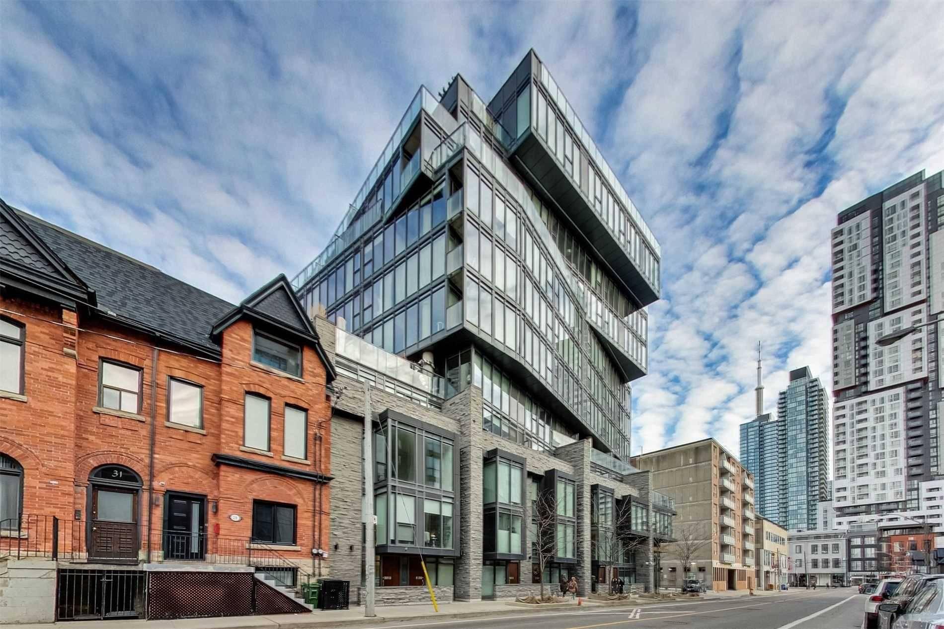 Buliding: 15 Beverley Street, Toronto, ON