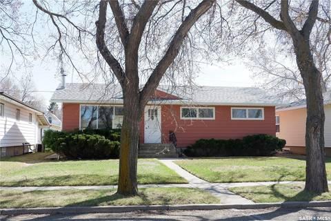 House for sale at 408 5th Ave E Assiniboia Saskatchewan - MLS: SK789233