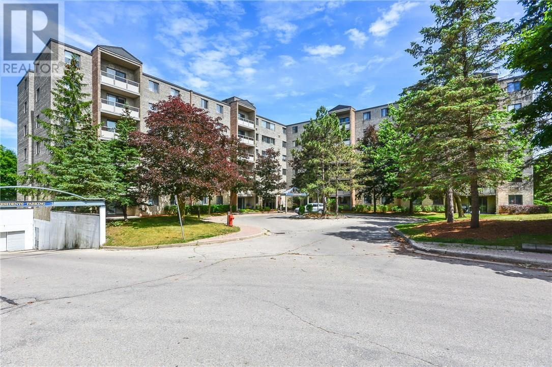 Buliding: 93 Westwood Road, Guelph, ON