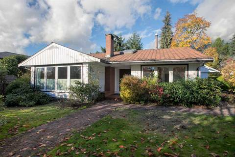 House for sale at 4082 Sunnycrest Dr North Vancouver British Columbia - MLS: R2319363