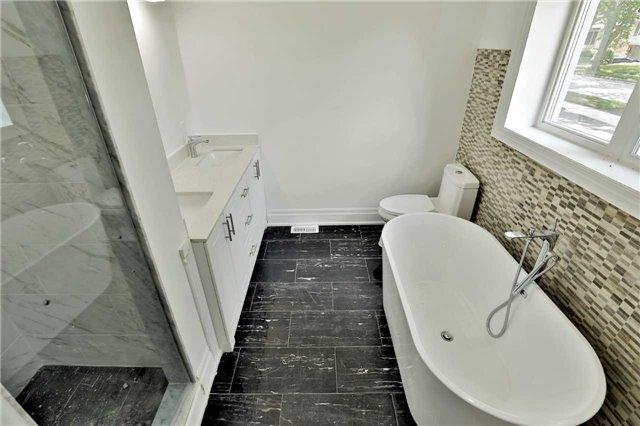 For Sale: 4084 Spruce Avenue, Burlington, ON | 2 Bed, 3 Bath House for $1,038,000. See 20 photos!