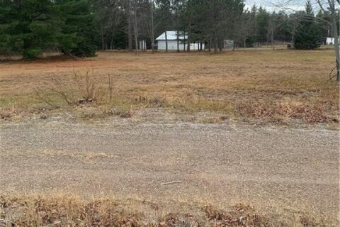 Home for sale at 4089 Round Lake Rd Pembroke Ontario - MLS: 1218917
