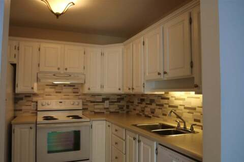 Condo for sale at 1220 Fir St Unit 409 White Rock British Columbia - MLS: R2453873