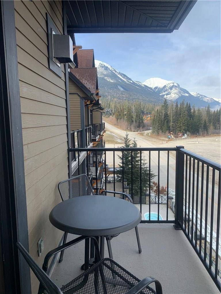 Condo for sale at 1549 Kicking Horse Tr Unit 409 Golden British Columbia - MLS: 2441886