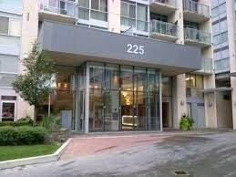Apartment for rent at 225 Webb Dr Unit 409 Mississauga Ontario - MLS: W4650482
