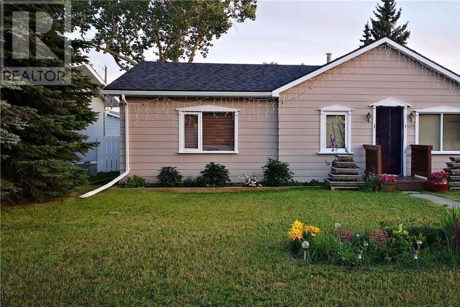 House for sale at 409 3 Ave East Oyen Alberta - MLS: mh0178034