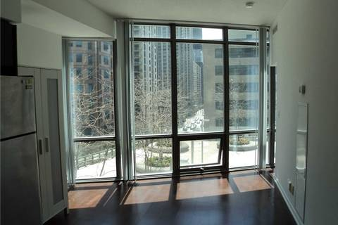 Apartment for rent at 832 Bay St Unit 409 Toronto Ontario - MLS: C4653321