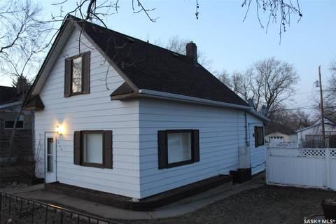 House for sale at 409 Mann Ave Radville Saskatchewan - MLS: SK805205
