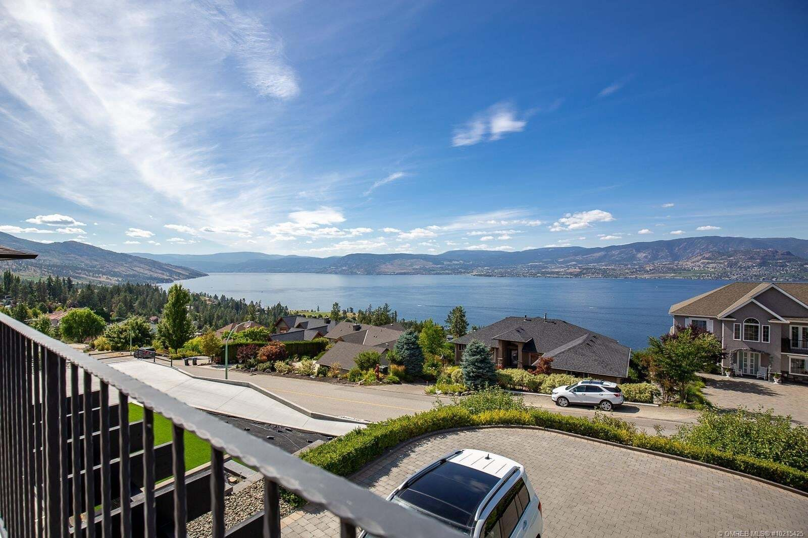 House for sale at 409 Okaview Rd Kelowna British Columbia - MLS: 10215425