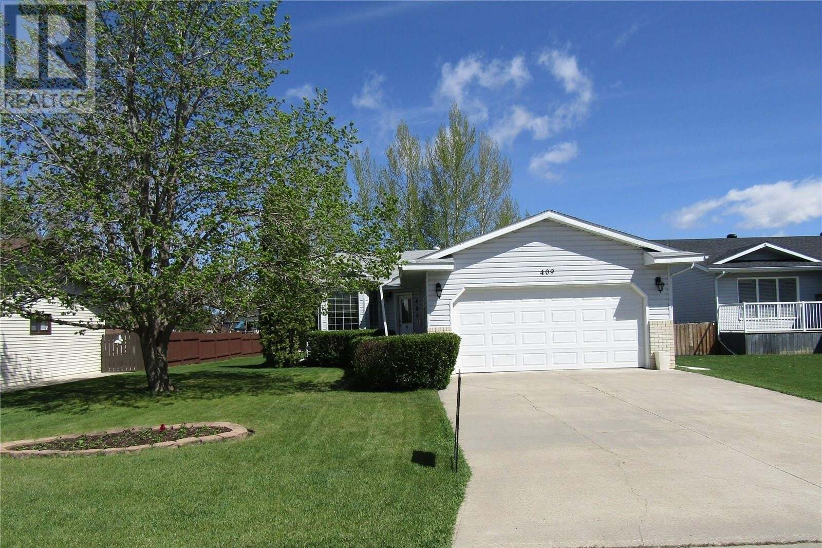 House for sale at 409 Watson Cres Nipawin Saskatchewan - MLS: SK810277
